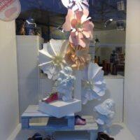 Hatshoe Wormerveer papieren bloemen
